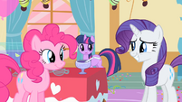 Rarity deciding to be polite S01E25