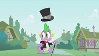 Spike distracted by Pinkie S1E15