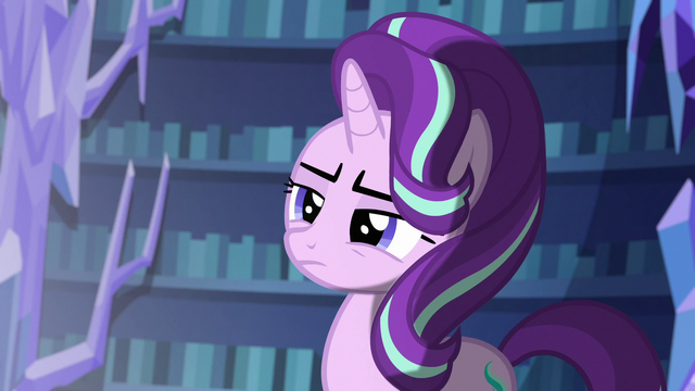 File:Starlight looking at the flash of light S6E21.png