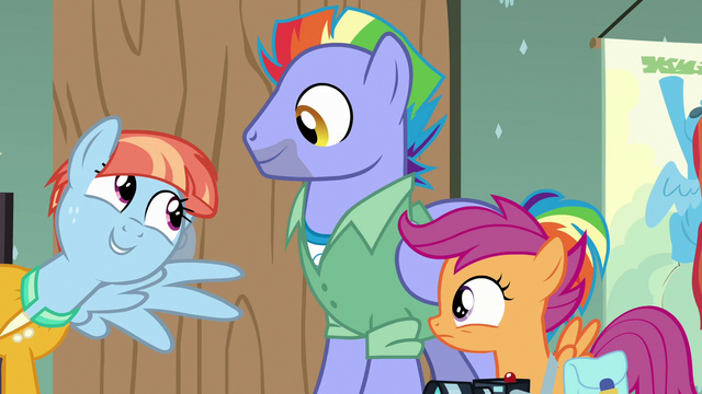"""File:Windy Whistles """"and look at this!"""" S7E7.png"""