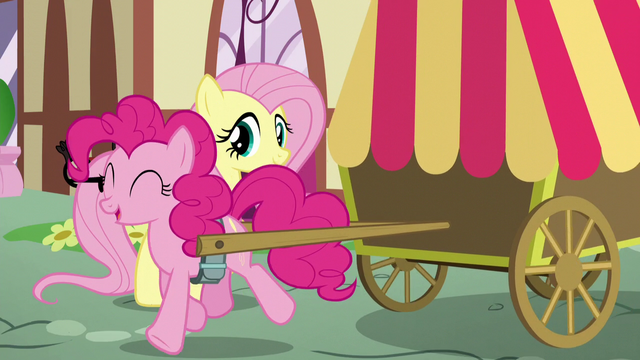 File:Pinkie trots away S5E19.png