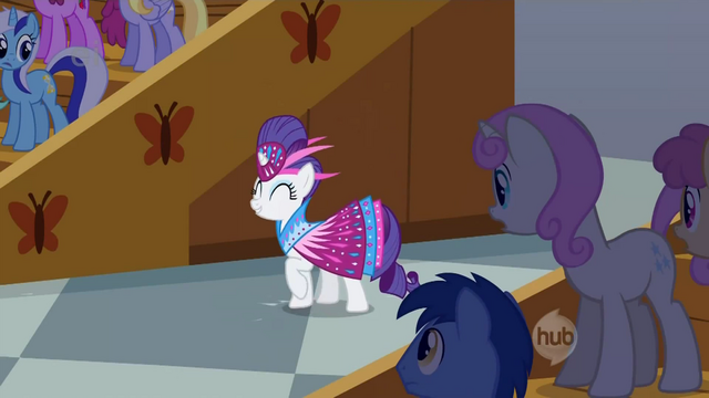 File:Rarity claps for Fluttershy S1E20.png