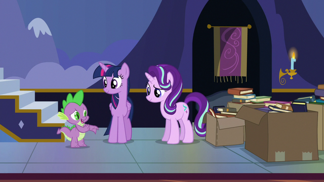 "File:Spike ""we don't all have magical horns"" S6E25.png"