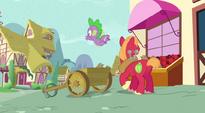 Spike falls to wagon S3E09
