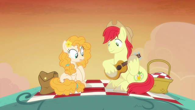 File:Bright Mac playing guitar poorly S7E13.png