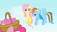 "Rainbow Dash ""We'd really better get going"" S1E25"
