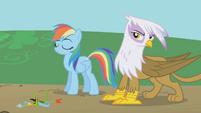 Rainbow Dash and Gilda nonchalant S1E05