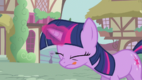 Twilight looking adorable S2E20
