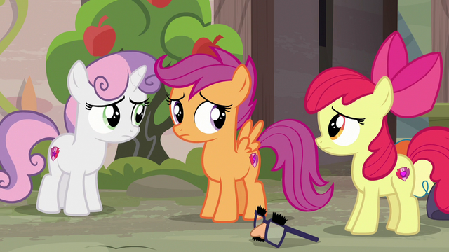File:Cutie Mark Crusaders feel sorry for Big McIntosh S7E8.png