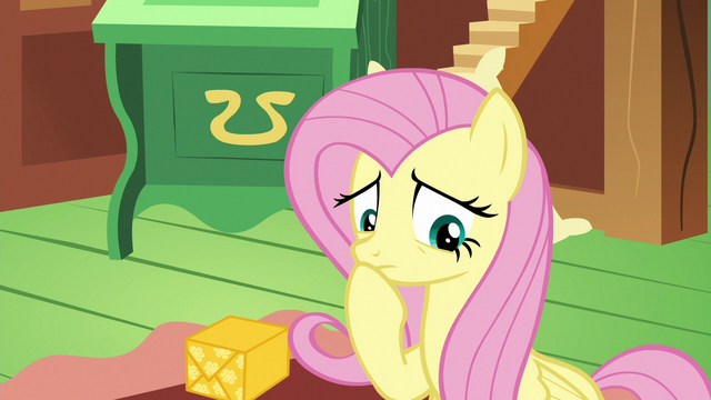 File:Fluttershy thinking of an idea S6E17.png
