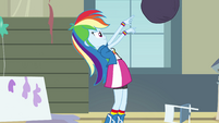 Rainbow Dash tossing the garbage bag EG