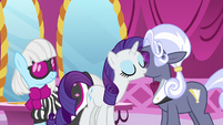 Rarity and Hoity Toity blow air kisses at each other S7E9