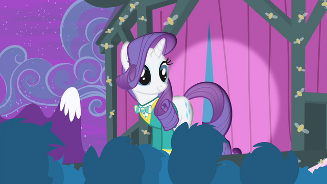 File:Rarity looking at the audience S4E14.png