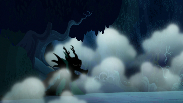 File:Shadowy creature appears out of the fog S6E15.png