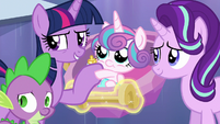 "Twilight Sparkle ""whatever we can to help"" S6E16"