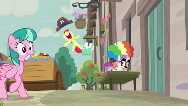 File:Apple Bloom leaping with joy S7E8.png