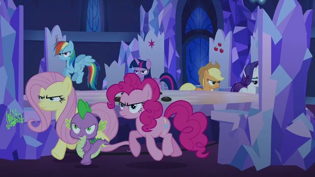 File:Changeling Seven leaving the throne room S6E25.png