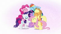 Mane Six group hug in Twilight's mind S7E2