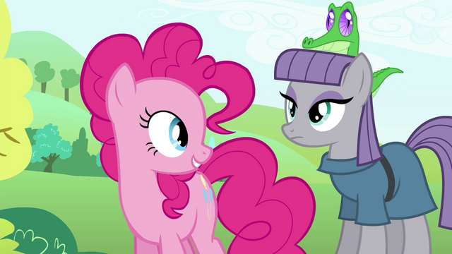 File:Pinkie Pie looking at Maud S4E18.png