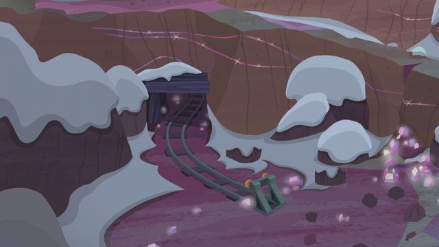 File:Pie farm crystal mine exterior S5E20.png