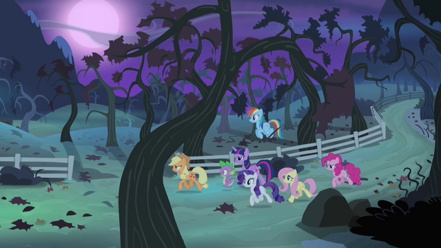 File:Ponies approaching the orchard S4E07.png