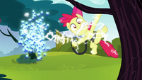 Twittermites zap Apple Bloom S5E4