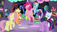 Pinkie jumps in excitement S5E11