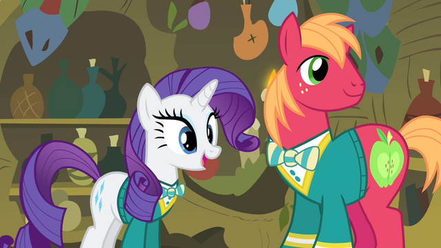 File:Rarity 'you'd even appear on stage!' S4E14.png