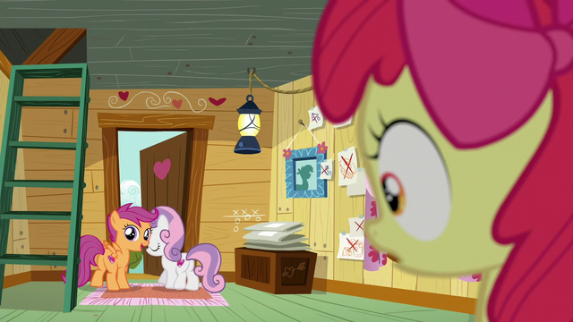 File:Scootaloo and Sweetie Belle about to leave the clubhouse S6E4.png