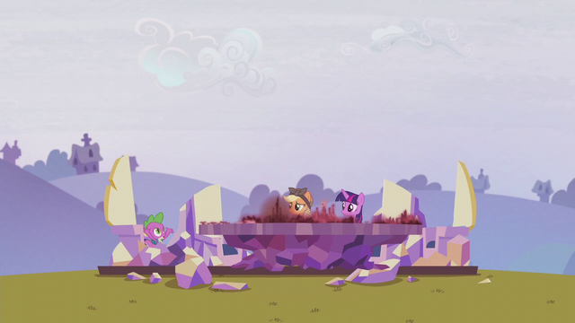 "File:Spike ""there's also supposed to be a castle"" S5E25.png"