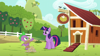 Spike giving thumbs-up to Twilight S6E10