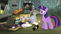 Twilight 'oh, no!' S4E04