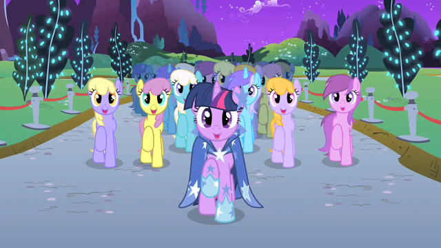 File:Twilight and choir end Twilight's solo S1E26.png