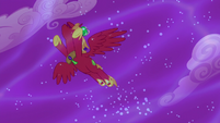 Alicorn Big Mac flies through the sky S5E13