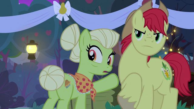 File:Granny Smith shocked by Pear Butter's declaration S7E13.png