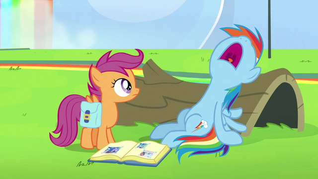 File:Rainbow Dash suddenly falls asleep S7E7.png