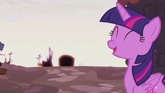 File:Twilight Sparkle optimistic S5E25.png