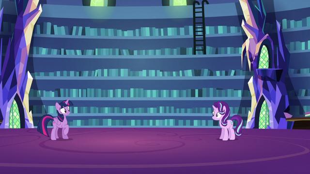 File:Twilight begins Starlight's shielding lesson S6E21.png