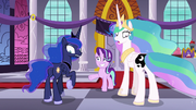 Princesses Celestia and Luna look at their switched cutie marks; Starlight worried S7E10.png