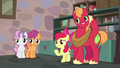 Apple Bloom introduces the other Crusaders S7E8.png