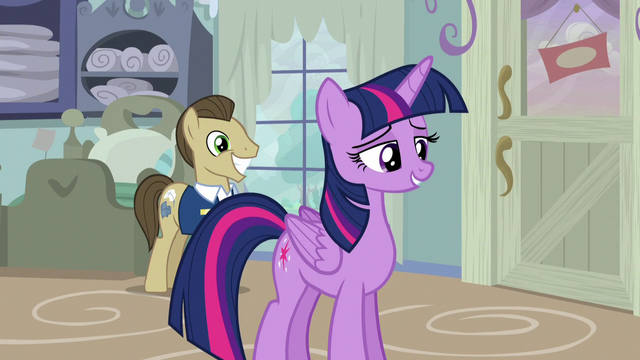File:Davenport smiling behind Twilight S5E3.png