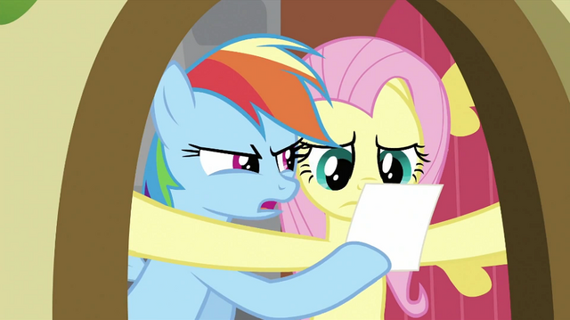 File:Rainbow Dash showing photo to Fluttershy S2E21.png