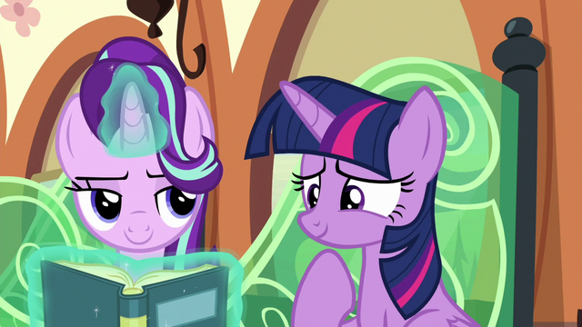 File:Starlight Glimmer looking at Twilight slyly S6E16.png