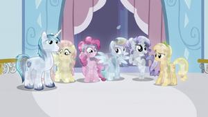 Crystal main ponies no Twilight S3E2