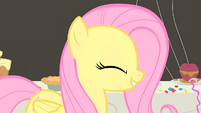 Fluttershy happy S01E22