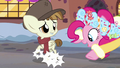Spirit of HW Presents curing Featherweight's hooves S6E8.png