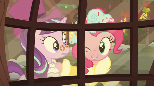 File:The Spirit of Hearth's Warming Presents winks at Snowfall S06E08.png