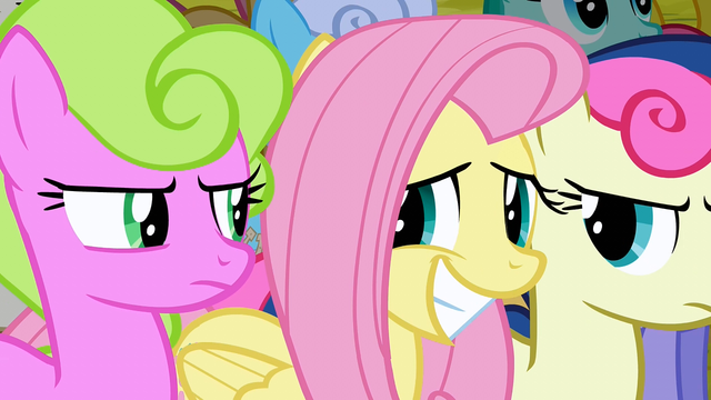 File:Fluttershy awkwardly smiling at Daisy and Sweetie Drops S2E19.png