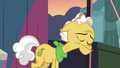 Grand Pear crying tears of shame S7E13.png