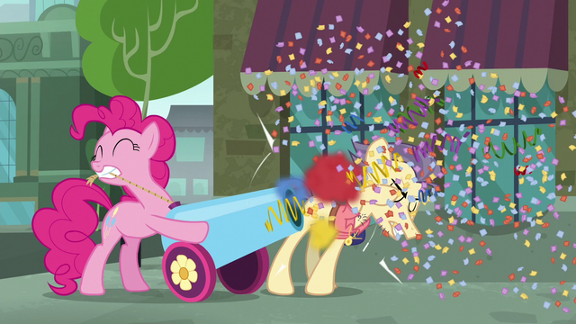 File:Pinkie blasts her cannon in Pouch Pony's face S6E3.png